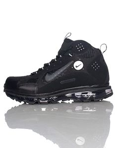 94005cf4d7d91 NIKE High top men s sneaker Lace up closure Padded tongue with NIKE  signature swoosh logo Cushioned sole for ultimate comfort and performance