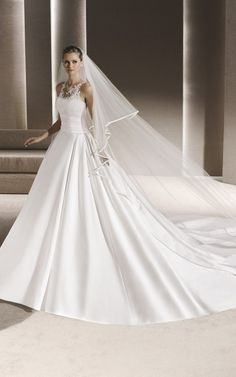 Beautiful BallGown RAILA By PRONOVIAS - 2016 Collection <3