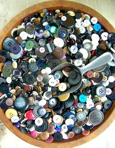 Mostly vintage buttons