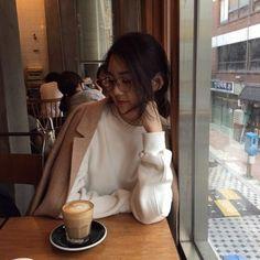 ethrsky: yelimcho_o Korean Cafe, Korean Couple, Korean Girl, Asian Girl, Korean Style, Korean Ulzzang, Ulzzang Style, Korean Photo, Girl Korea