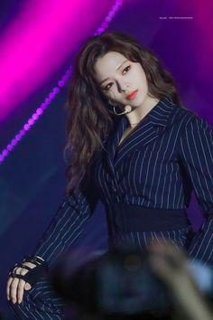 Nayeon, Twice Jyp, Twice Jungyeon, Suwon, South Korean Girls, Korean Girl Groups, Chaeyoung Twice, Dahyun, Dance The Night Away