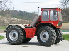 4x4 Wheels, Homemade Tractor, Classic Tractor, Old Tractors, International Harvester, New Holland, Rubber Tires, Agriculture, Farming