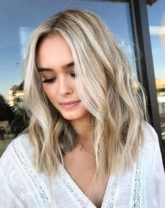 48 Stylish and Amazing Blonde Hairstyles For All Skin Tones Part blonde hairstyles medium length; blonde hairstyles 2019 hairstyles long 48 Stylish and Amazing Blonde Hairstyles For All Skin Tones Part 5 Beauté Blonde, Blonde Hair With Highlights, Balayage Hair Blonde, Neutral Blonde Hair, Long Bob Blonde, Blonde Hair For Cool Skin Tones, Medium Blonde Bob, Short Blond Hair, Blonde Hightlights