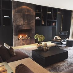 Living with Love Linear Fireplace, Home Fireplace, Living Room With Fireplace, Fireplace Design, Interior Styling, Interior Decorating, Interior Design, Decoration Inspiration, Japanese Interior