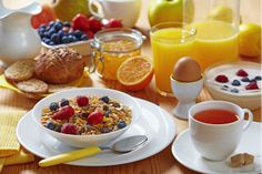 All scientific research says that you should not skip breakfast. A nutritious and healthy breakfast gives you the energy and nutrition to power throughout your Eat Breakfast, Breakfast Recipes, Breakfast Ideas, Morning Breakfast, Breakfast Healthy, Balanced Breakfast, Healthiest Breakfast, Breakfast Pictures, Gourmet Breakfast