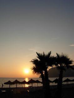 Sunset La Herradura Bay... http://www.andalusie-zeezicht.nl/
