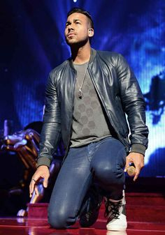 """This is Romeo Santos.   9 Honest Ways To Say """"I Love You"""""""