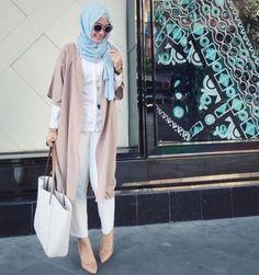 Hijab fashion and Muslim style Tesettür Jean Modelleri 2020 Hajib Fashion, Modest Fashion, Fashion Design, Muslim Women Fashion, Islamic Fashion, Casual Work Outfits, Casual Wear, Modest Outfits, Turban