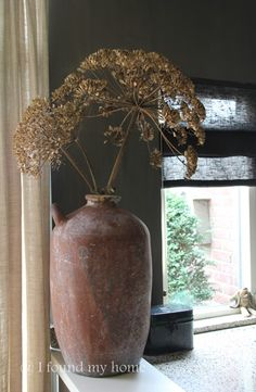 I found my home Natural Living, Vase Deco, Dandelion Clock, Deco Floral, Pottery Designs, Summer Flowers, Rustic Interiors, Wabi Sabi, Beautiful Interiors