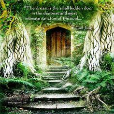 """Carl Jung Depth Psychology: Carl Jung on the """"Hidden."""" [Anthology]"""