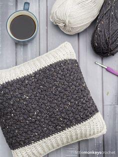 Bean Stitch Accent Pillow | Little Monkeys Crochet