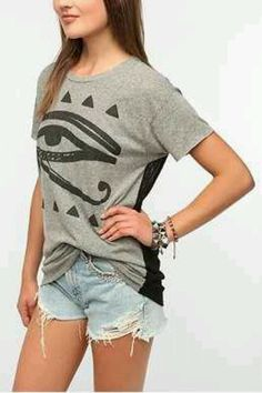 Egyptian eye, mesh back tee.