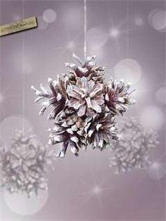 Diy Christmas Snowflakes, Diy Christmas Star, Christmas Crafts, Xmas, Christmas Ideas, Pinecone Ornaments, Snowflake Ornaments, Christmas Tree Ornaments, Pine Cone Decorations