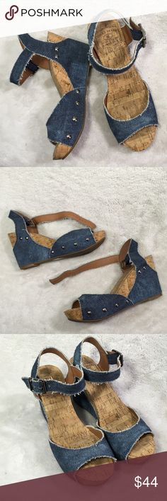 """Lucky Brand Maryann Size 7 wedge denim sandals Adjustable ankle strap - approx 3.5"""" heel measurement down back heel - and approx .5"""" in front for slight platform. Fabric upper / man made lining / man made with cork sole  LK MARYANN  7M / 37 Lucky Brand Shoes Wedges"""