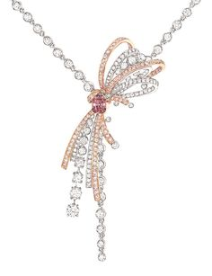 Chanel Couture necklace from the 1932 collection inspired by Gabrielle Chanels original designs for diamond jewels.