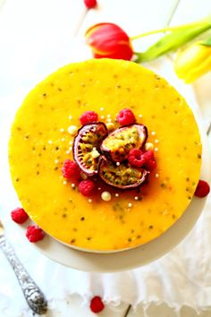 Passion mango juustokakku maistuu herkulliselle Just Eat It, Cheesecakes, Bon Appetit, Food Pictures, Panna Cotta, Mango, Sweets, Baking, Ethnic Recipes