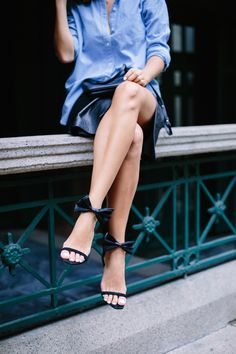 Geneva Vanderziel from A Pair and a Spare shows us how to create DIY heels with a silk bow accessory.