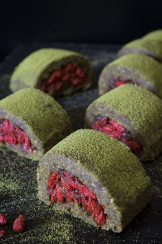 Raw, Vegan Matcha Rolls by Deviliciously Raw - They are seriously good, and call this the simplest ever because it has like 7 simple ingredients. The base made it just with gluten-free rolled oats, almond meal, hazelnut, dates, fresh lemon juice and matcha. The filling is really simple, whole goji berries sweetened with date puree. Topped with an extra sprinkling of Matcha on top for a well-needed kick.
