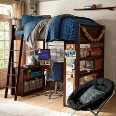 Móvel interessante para adolescentes. Uma cama e um escritório para estudo!