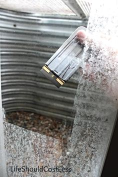 The Non-Toxic Way to Remove Hard Water From Windows |LIFE SHOULD COST LESS