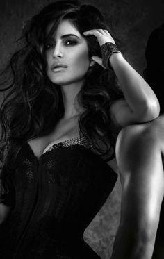 katrina Kaif full photoshoot from Vogue - December (7)