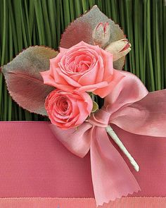 Boutonniere with Dutch Spray Roses