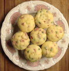 Muffin salati wurstel e piselli
