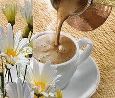 Good morning it's coffee time ~. Sweet Coffee, I Love Coffee, My Coffee, Coffee Drinks, Coffee Art, Good Morning Coffee, Coffee Break, Chocolate Cafe, Pause Café
