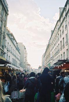 marche bastille market