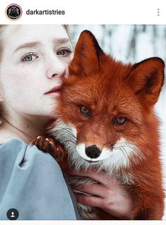 Stunning Portraits Of Redheads And Red Foxes. Photographer Alexandra Bochkareva takes stunning portraits of redheaded models with a red fox Animals And Pets, Baby Animals, Cute Animals, Wild Animals, Animals Photos, Beautiful Creatures, Animals Beautiful, Fuchs Baby, Fuchs Illustration