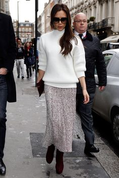 Who: Victoria Beckham What: A Knit Skirt Why: The designer is wintry and stylish in a white turtleneck sweater worn with a Celine knit skirt and boots. It is metropolis gear meets hit the Moda Victoria Beckham, Style Victoria Beckham, Victoria Beckham Outfits, Fashion 2017, Fashion Models, Fashion Outfits, Womens Fashion, Modest Fashion, Vic Beckham