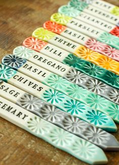 Set of 12 Herb markers // herb tags // garden labels // garden stakes - Modern Design Garden Stakes, Garden Art, Diy Herb Garden, Garden Ideas, Herb Garden Design, Diy Clay, Clay Crafts, Herb Markers, Garden Plant Markers