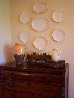 """10 Ways to Add Farmhouse Style - Live Creatively Inspired  Did you know you could even take older, """"not to pretty"""" thrift store plates and spray paint them?"""