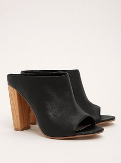 Torrid Collection Genuine Leather Wooden Mules (Wide Width), BLACK
