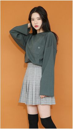 [66GIRLS] EXTENDED SLEEVE CHEST POCKET T-SHIRT