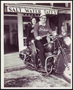 Motorcycle ride And candy? This man knows the way to girl's heart. American Motorcycles, Indian Motorcycles, Vintage Motorcycles, Indian Cycle, Gentleman, Indian Motors, Vintage Biker, Trike Motorcycle, Hot Bikes
