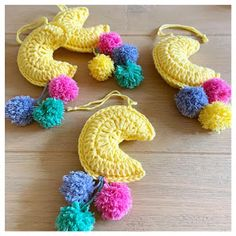 Hi everyone, You know what time it is. it's time for a new free crochetpattern! This time I have made little moons. Crochet For Boys, Easy Crochet, Crochet Baby, Free Crochet, Crochet Children, Sewing Projects For Kids, Crochet Projects, Amigurumi Patterns, Amigurumi