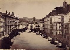 Granada, Plaza Nueva.