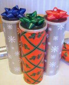 recycle Pringles cans as gift containers