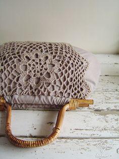 Very cute crochet bag