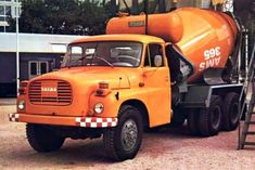Tatra 148 Mixer Truck, Concrete Mixers, Cool Trucks, Old Cars, Motor Car, Automobile, Monster Trucks, Rap, Amaterasu