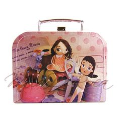 Small Cardboard Suitcase for storage Claudette - MiaDeRoca Cardboard Suitcase, Shops, Home Accessories, Interior Decorating, Lunch Box, Storage, Pink, Products, Purse Storage