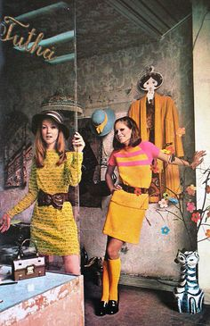 New fashion magazine vogue hair ideas 60s And 70s Fashion, Mod Fashion, Fashion Moda, Vintage Fashion, Fashion Trends, Fashion Shoes, Cheap Fashion, Vintage Outfits, 1960s Outfits