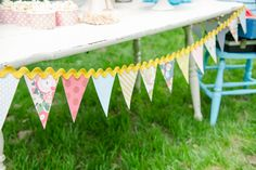 Paper pennant banner with giant ric rac :: love the look!