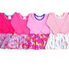 Babauba-Drehkleidchen sind elegant-sportlich geschnitten und somit für die verschiedensten Anlässe geeignet. Ein Teil schlicht einfärbig, der andere Teil knallig bunt - einfach stylisch :) Outfit Zusammenstellen, Sewing For Kids, Kind Mode, Girls, Bra, Elegant, Fashion, Dressy Dresses, Small Bags
