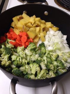 """Dairy Free Broccoli & """"cheese"""" soup"""
