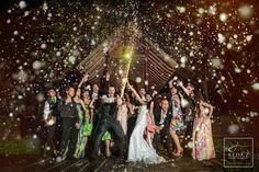 56 Creative Wedding Entourage Photo Ideas