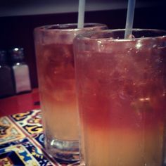 Un par de vasos de #longIsland en #chillis #drinks #bebidas  (en Chili's)