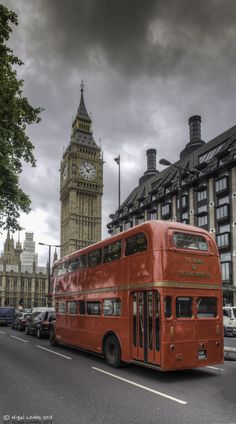 London bus and Big Ben. Places Around The World, Travel Around The World, Around The Worlds, England Uk, London England, Monaco, Bus City, Portugal, London Bus