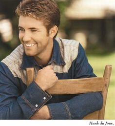 Josh Turner! The best country singer ever. and he's a Christian.